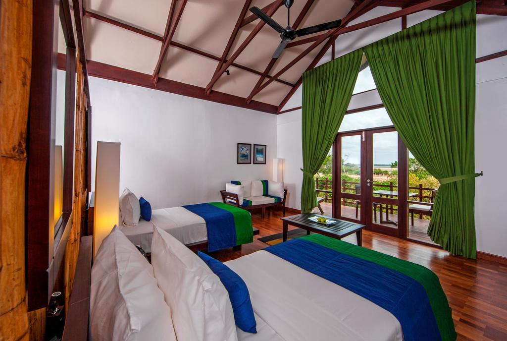 Горящие туры в отель Jungle Beach