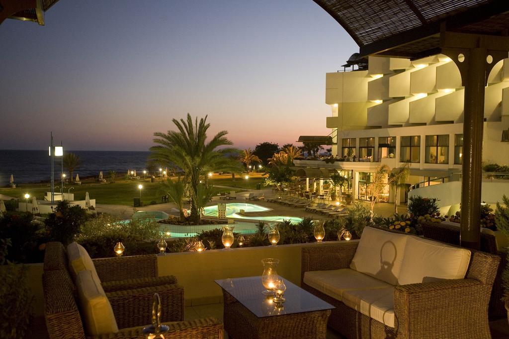 Отзывы гостей отеля Constantinou Bros Athena Royal Beach Hotel