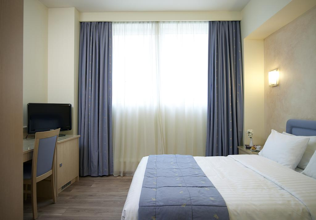 Amazon Hotel Греция цены