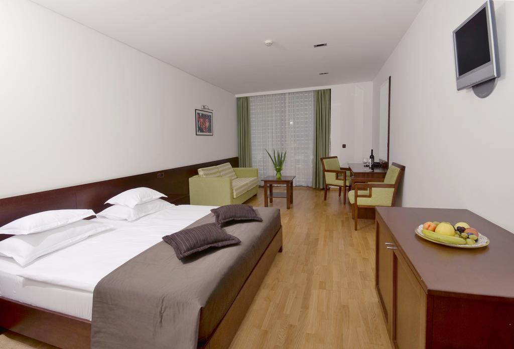 Hotel Queen Of Montenegro, Бечичи, фотографии туров