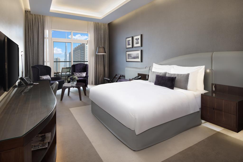 Горящие туры в отель Radisson Blu Hotel Dubai Waterfront