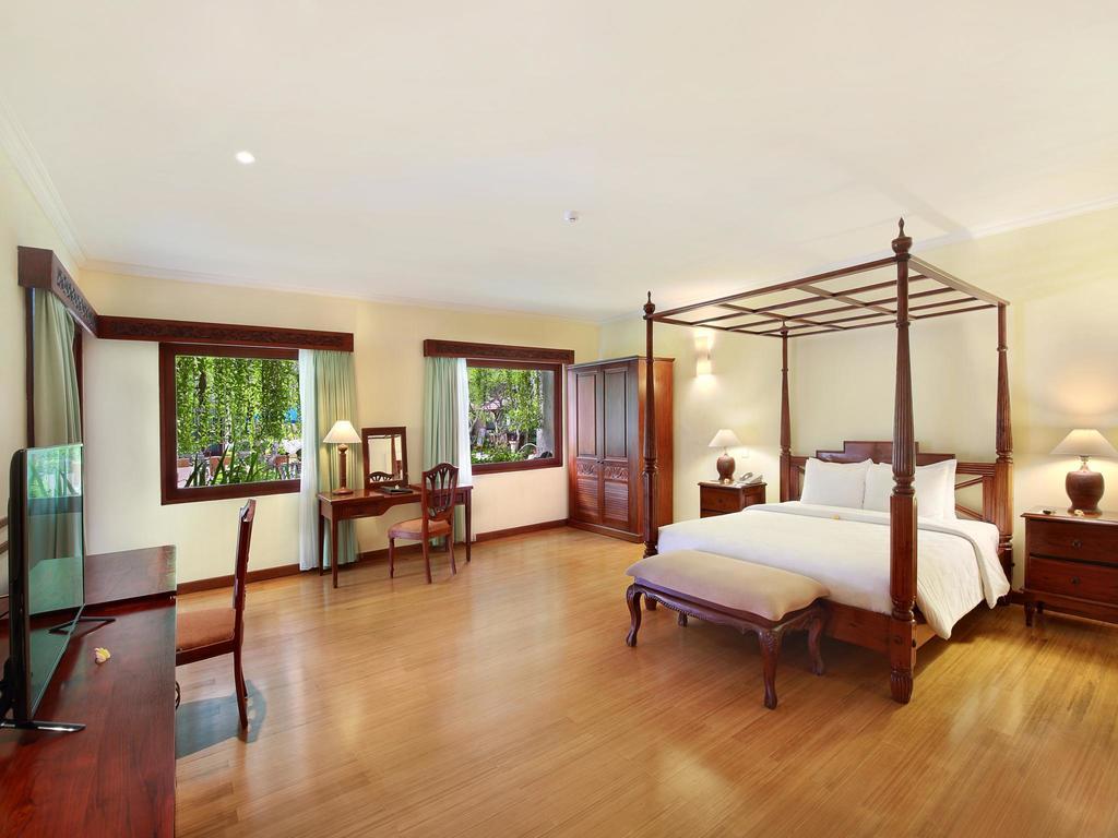 Отдых в отеле The Grand Bali Nusa Dua Нуса-Дуа