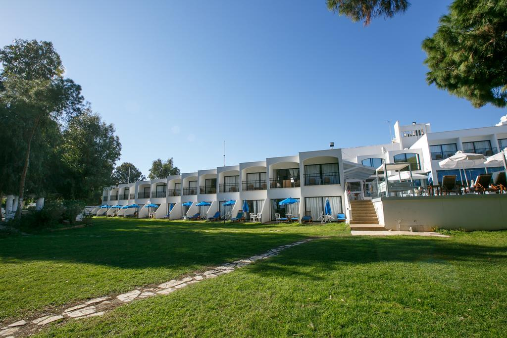 Lobelia Park Beach Annex, Лимассол, фотографии туров
