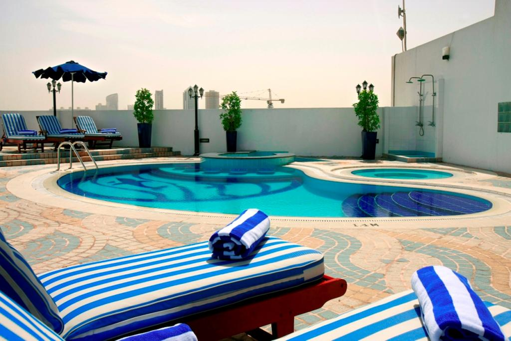 Отдых в отеле Howard Johnson Hotel Bur Dubai Дубай (город) ОАЭ