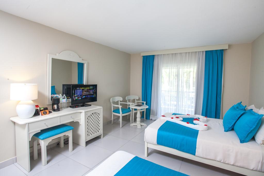 Відпочинок в готелі Vista Sol Punta Cana Beach Resort (ex. Club Carabela Beach)