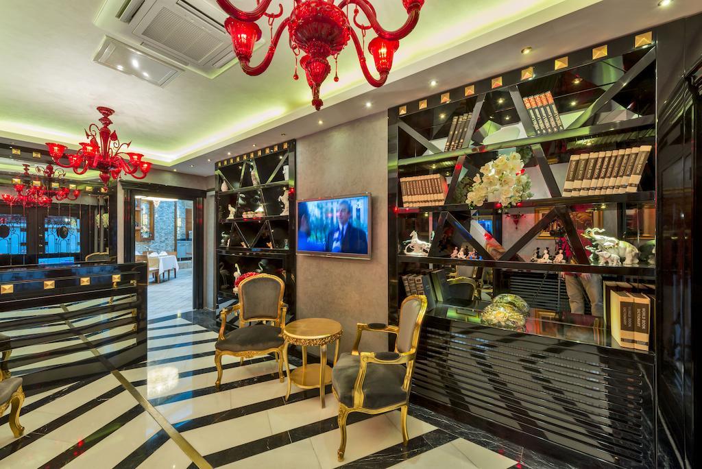 Фото отеля The Million Stone Hotel