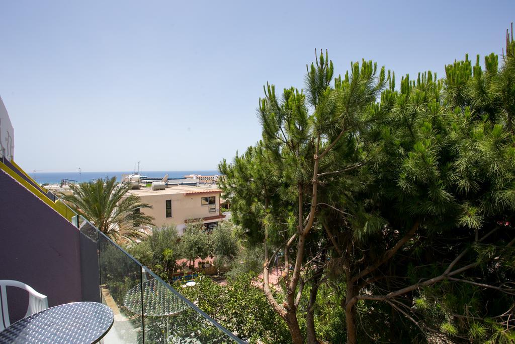 Отдых в отеле Flora-Maria Hotel & Annex
