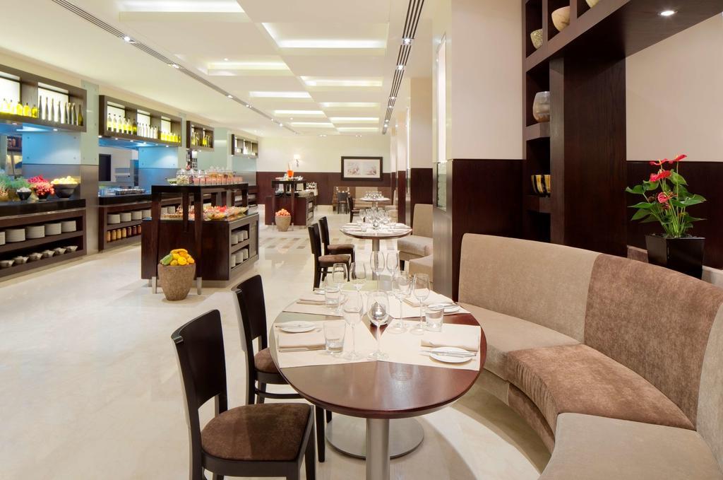 Отзывы гостей отеля Hyatt Regency Dubai