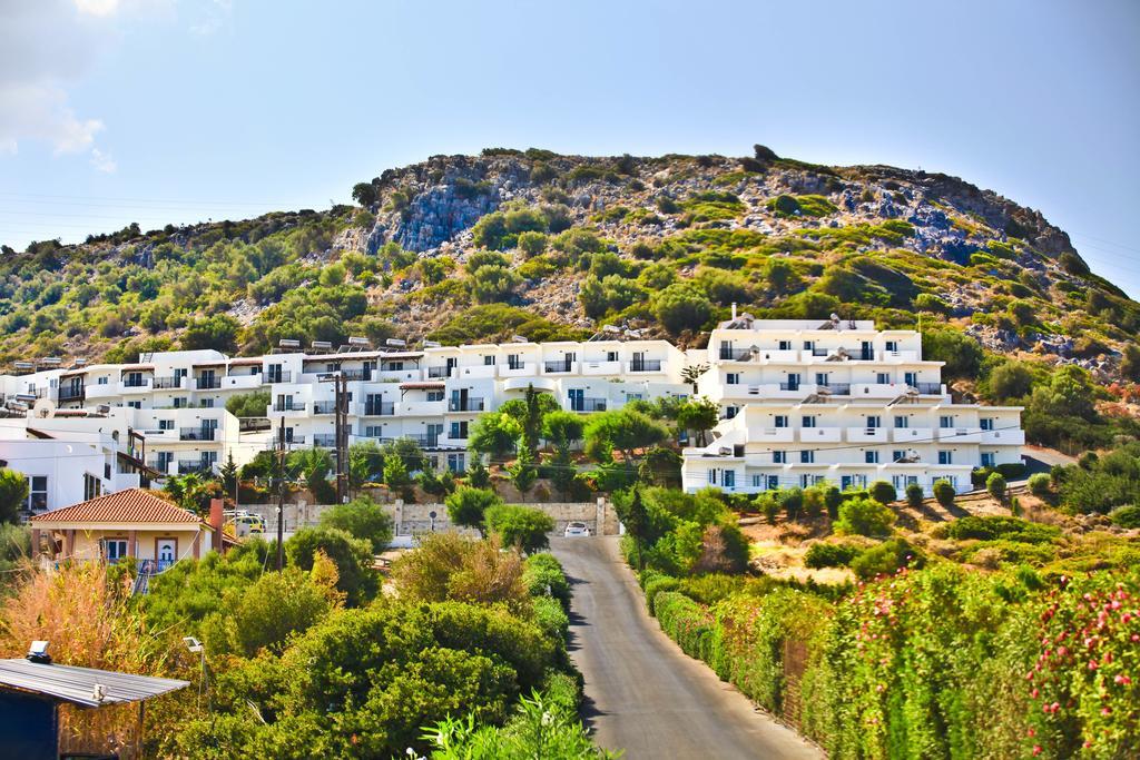 Отдых в отеле Semiramis Village Hotel Ираклион Греция