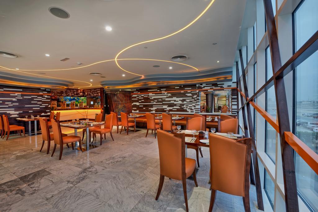 Ghaya Grand Hotel, Дубай (город)
