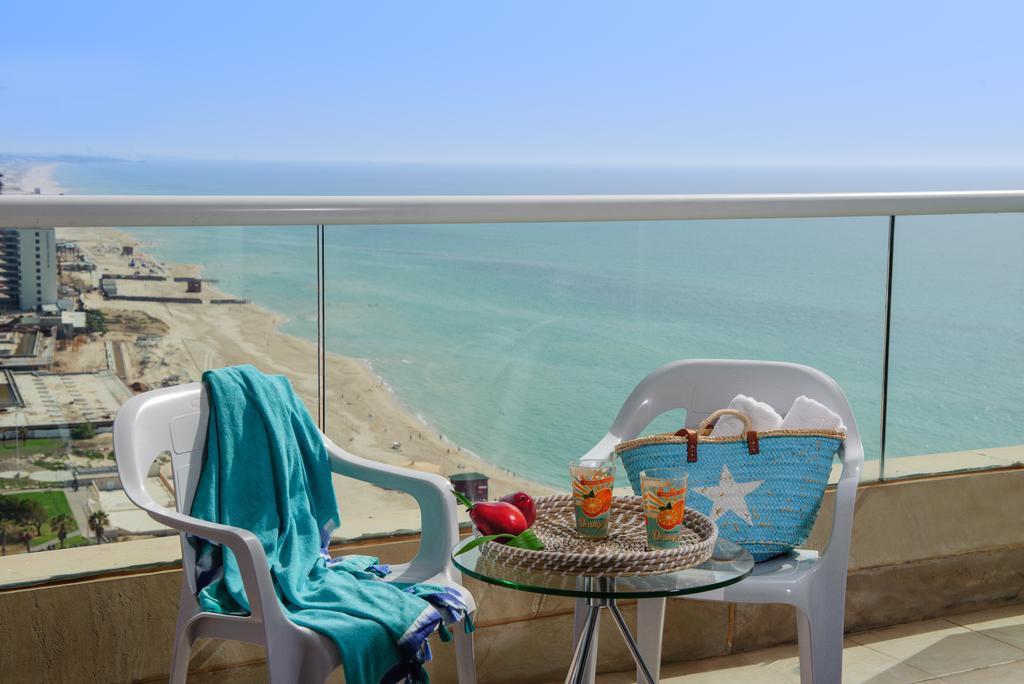 Отзывы об отеле Leonardo Suite Tel Aviv-Bat Yam