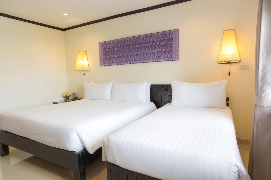 Golden Tulip Essential Pattaya Hotel, Паттайя цены