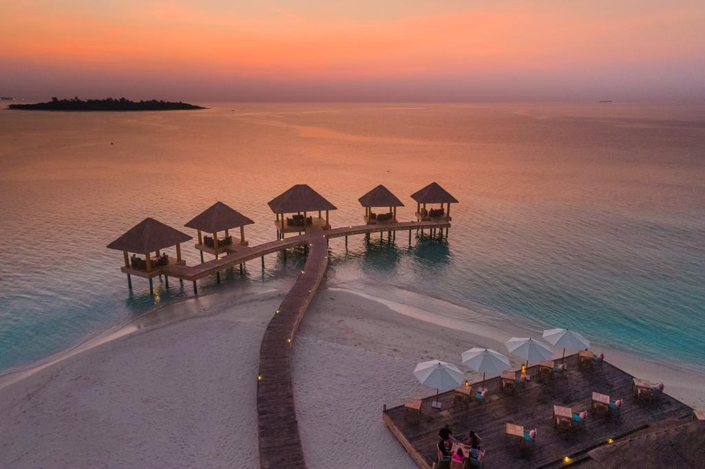 Kudafushi Resort & Spa, Раа Атол, фотографії турів