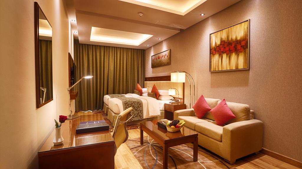 Ціни в готелі Rose Park Hotel Al Barsha