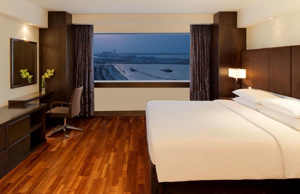 Туры в отель Hyatt Regency Dubai Дубай (город)