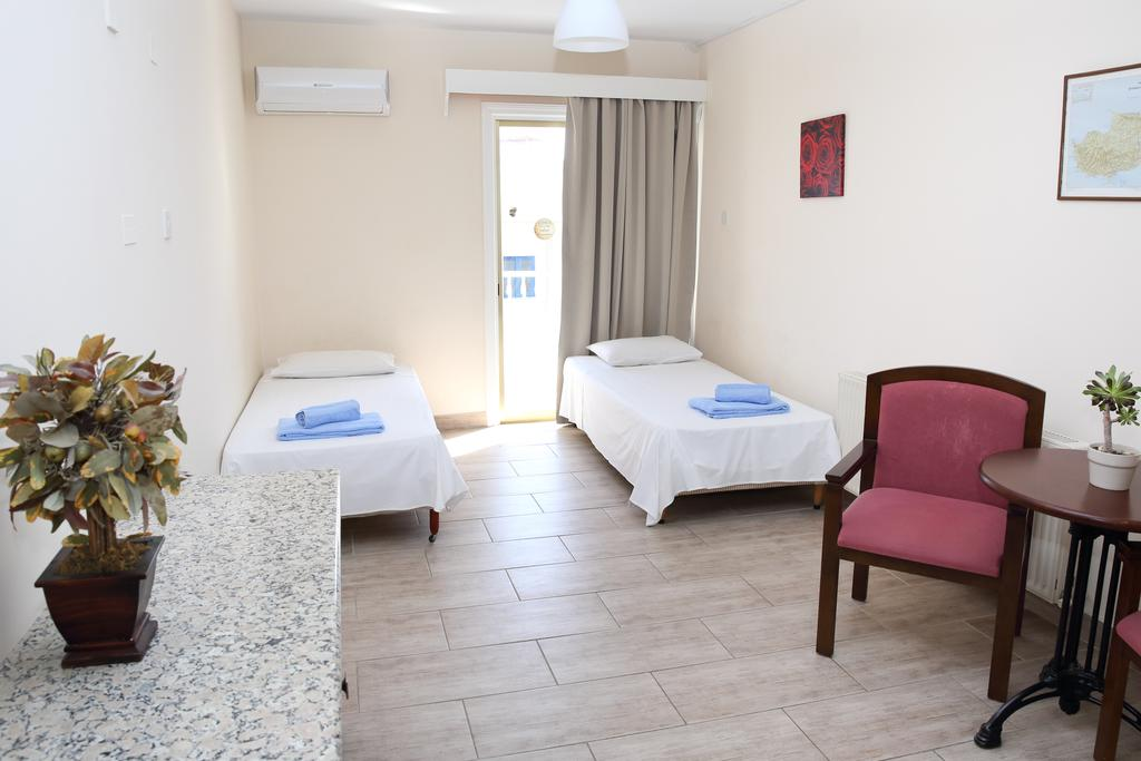 Antonis G Hotel Apartments, Ларнака