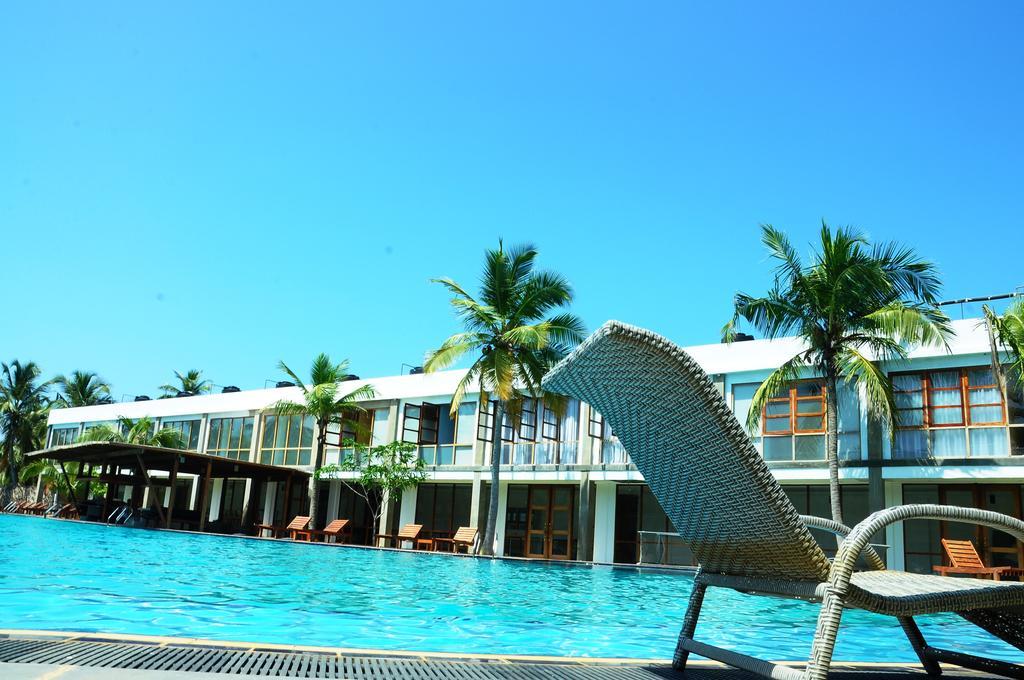Шри-Ланка Carolina Beach Hotel