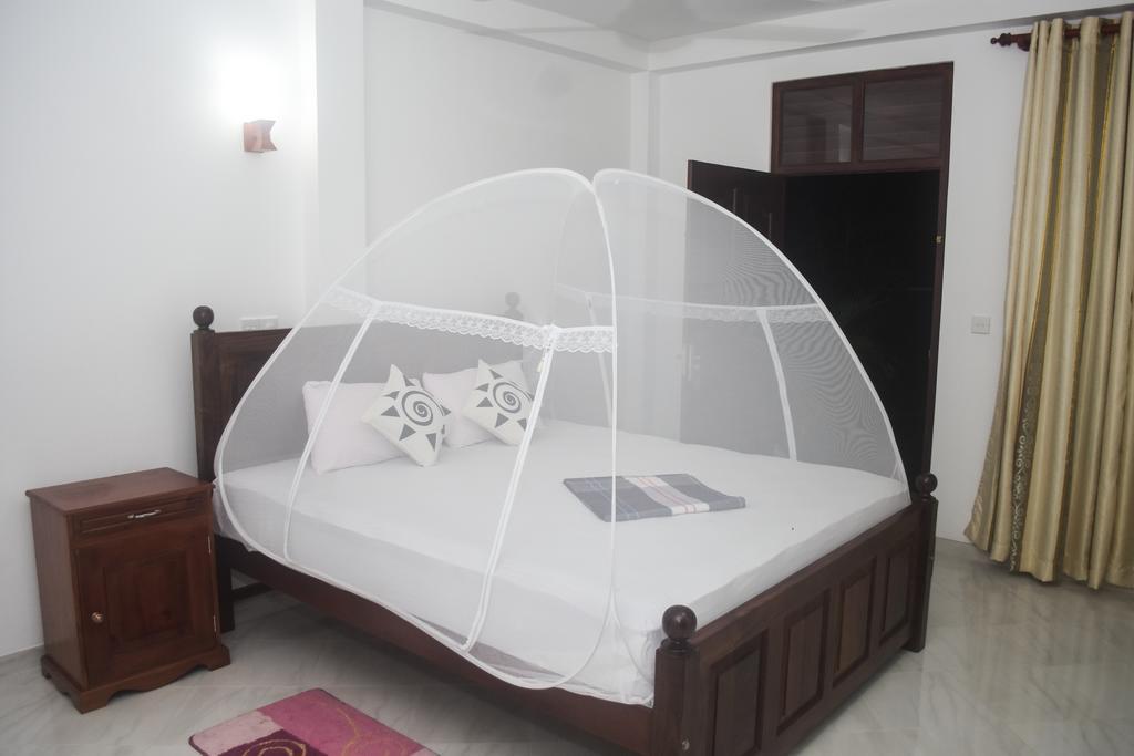 Туры в отель Villa De White Sambur Хиккадува Шри-Ланка