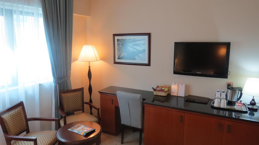 Горящие туры в отель Al Jawhara Gardens Hotel