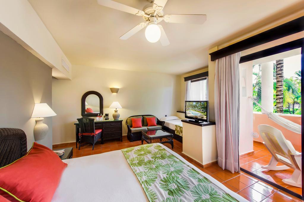 Відгуки про готелі Catalonia Punta Cana (Catalonia Bavaro Beach Golf & Casino Resort)