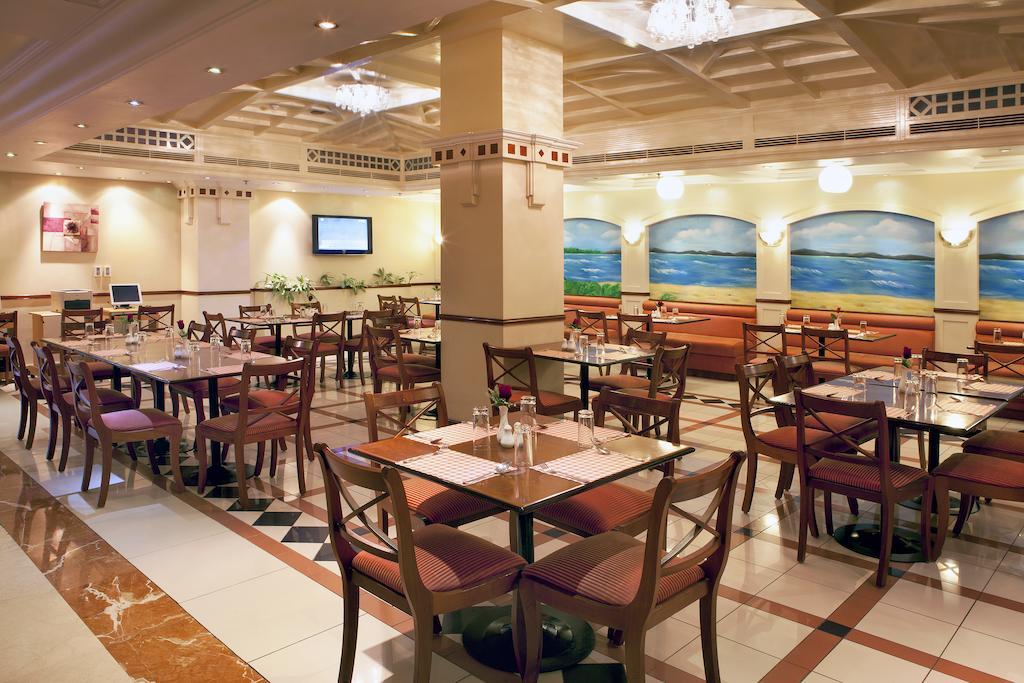 Отдых в отеле Landmark Hotel Baniyas