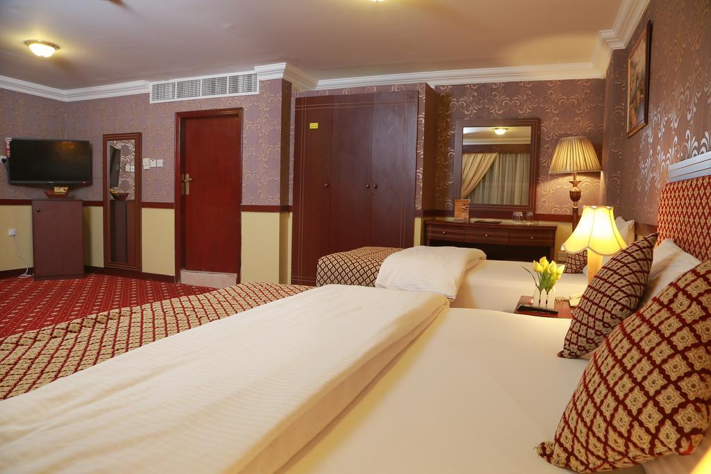 Sadaf Hotel фото туристов