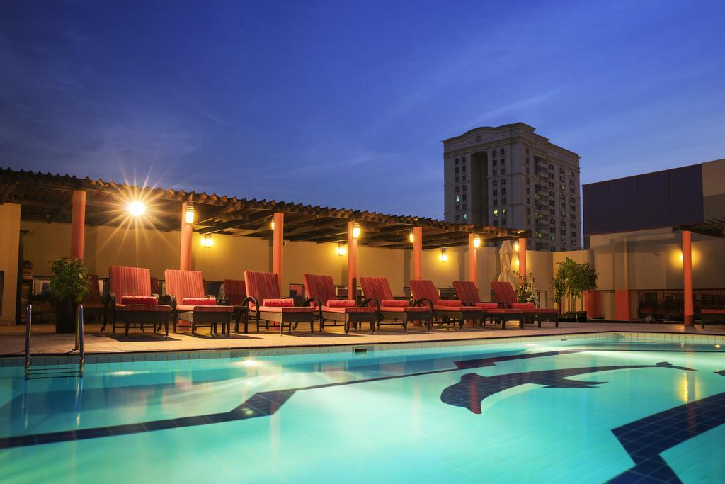 Jumeirah Rotana Hotel ОАЕ ціни