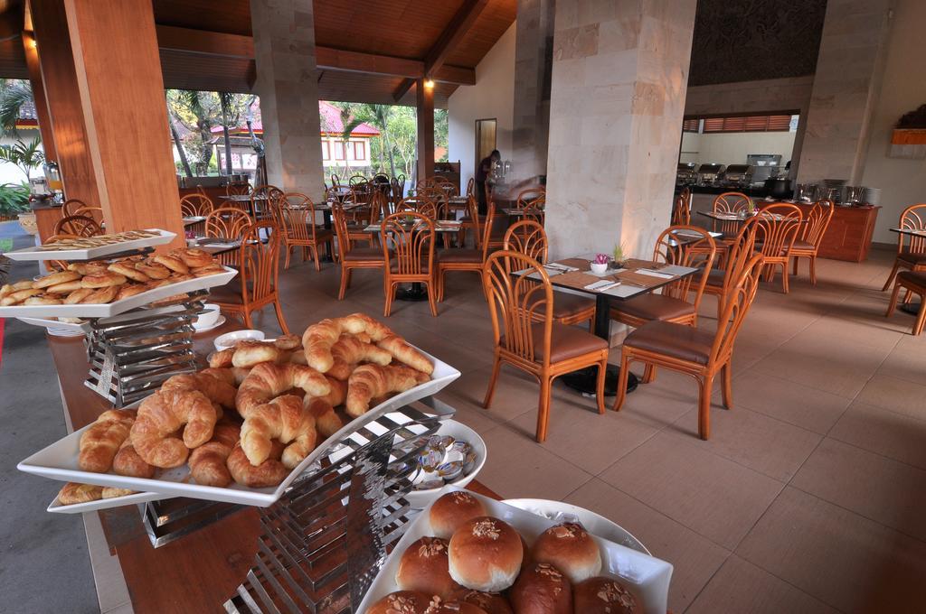 Отзывы гостей отеля Inna Bali Beach Resort