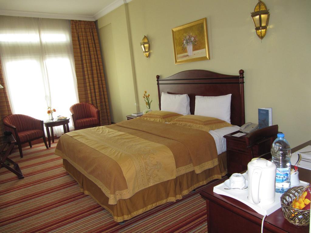 Отдых в отеле Rayan Hotel Шарджа