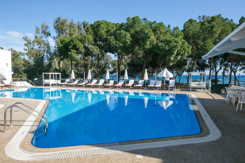 Отель, Park Beach Hotel