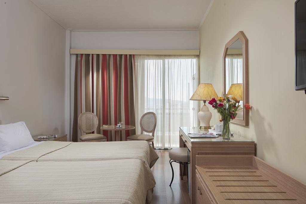 Отдых в отеле Candia (Best Western) Афины Греция