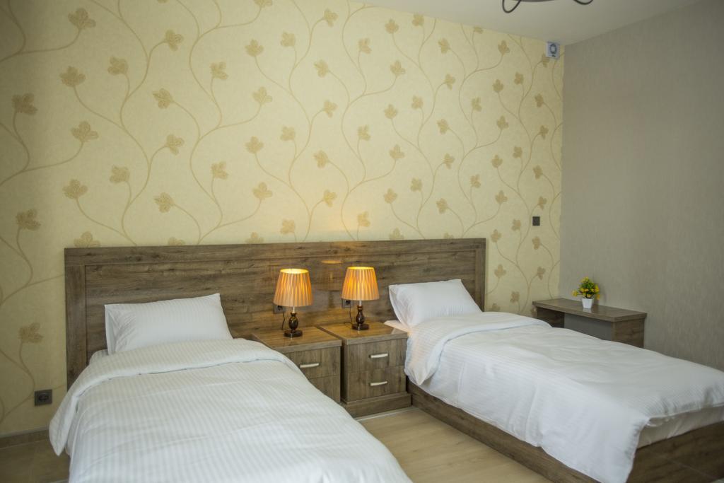 Гарячі тури в готель Ire Palace Батумі Грузія