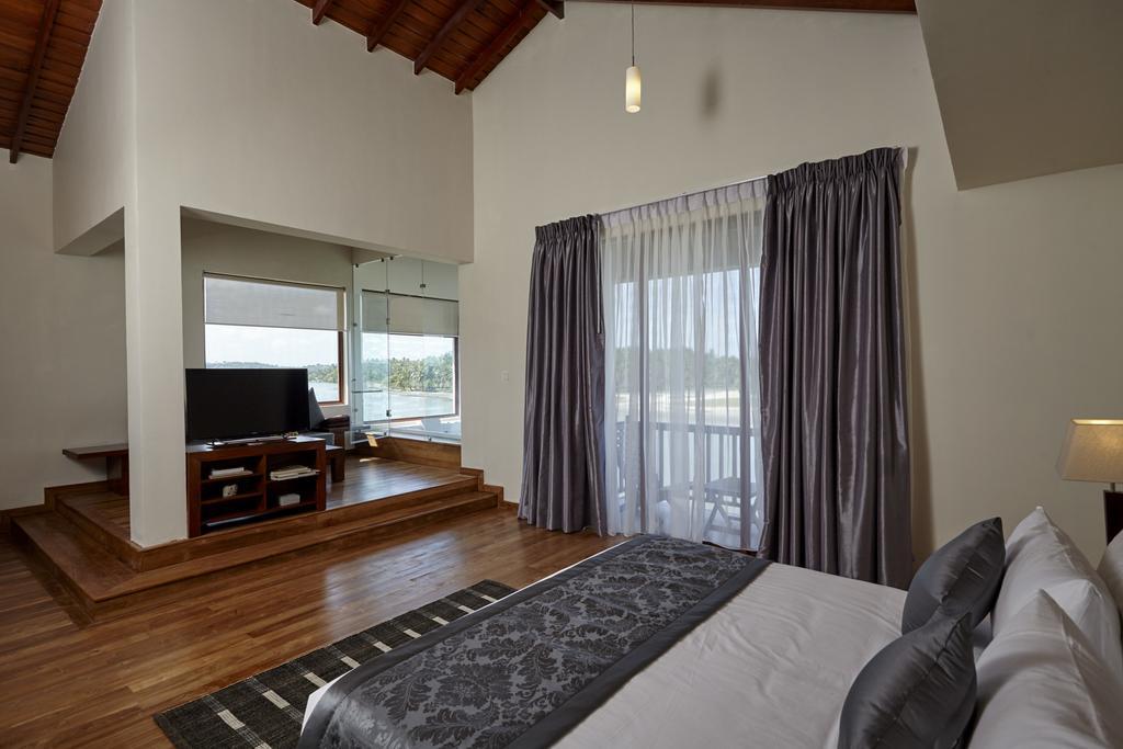 Тринкомали Amarante Bay Hotel цены