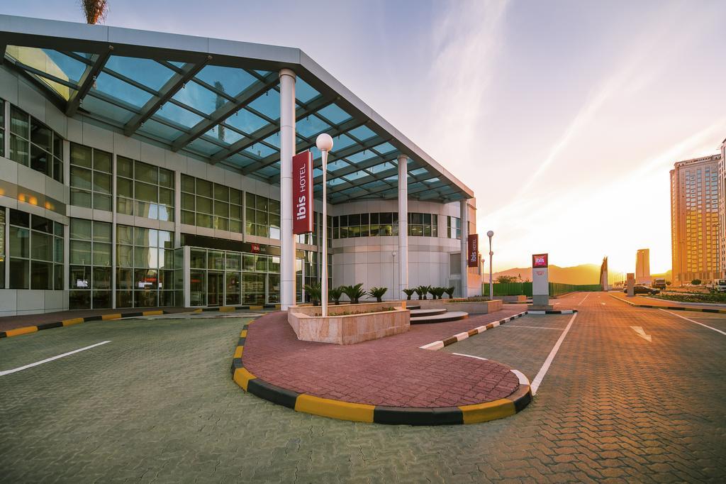 Горящие туры в отель Ibis Hotel Fujairah Фуджейра