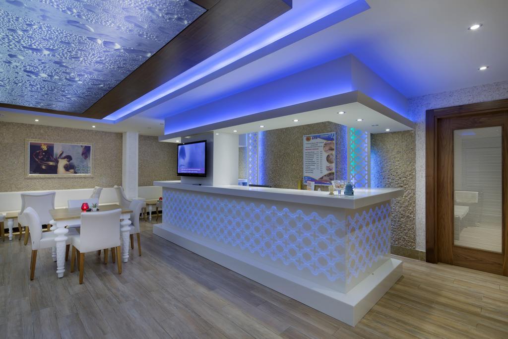 Гарячі тури в готель Villa Moonflower Aparts & Suites Аланья
