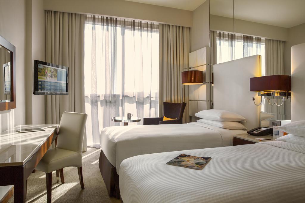 Горящие туры в отель Centro Sharjah