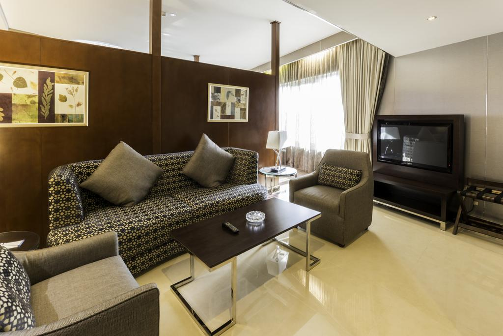 Фото отеля Howard Johnson Hotel Bur Dubai