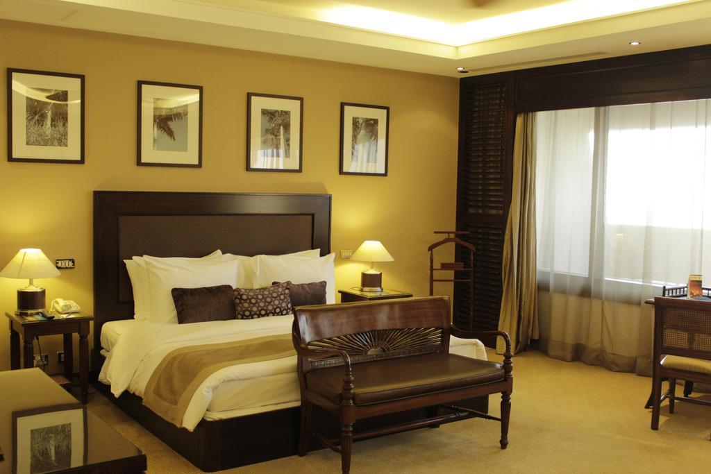 Відпочинок в готелі Radisson Blu Resort Sharjah Шарджа