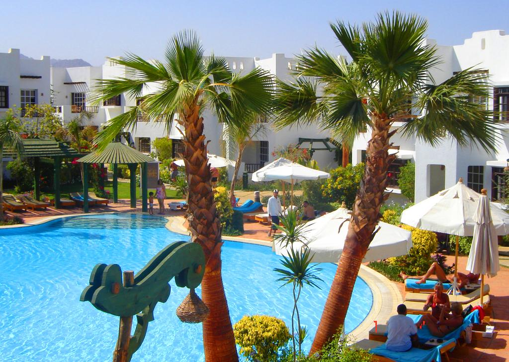 Горящие туры в отель Delta Sharm Resort Шарм-эль-Шейх Египет
