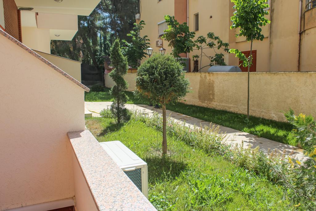 Албанія Aler Luxury Apartments Durres
