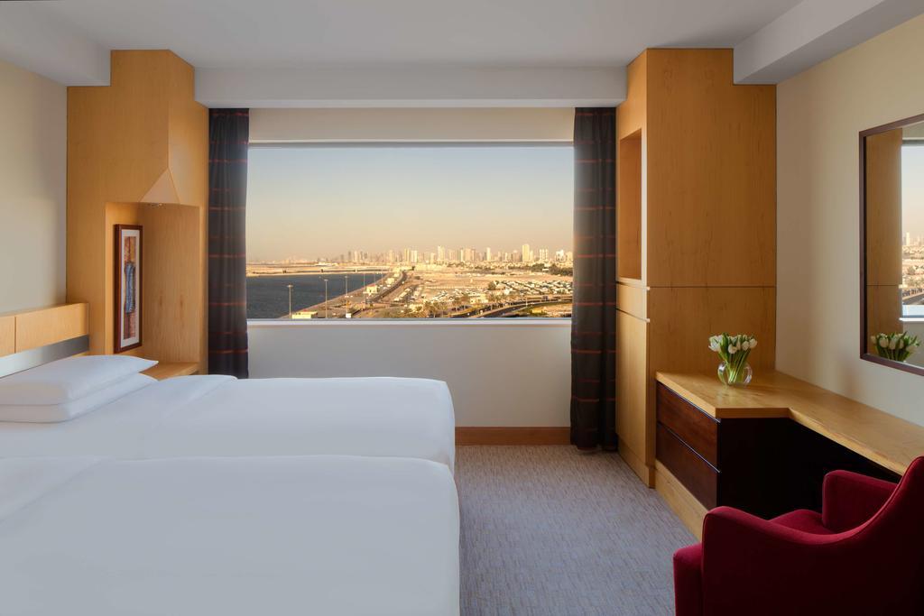 Отель, ОАЭ, Дубай (город), Hyatt Regency Dubai