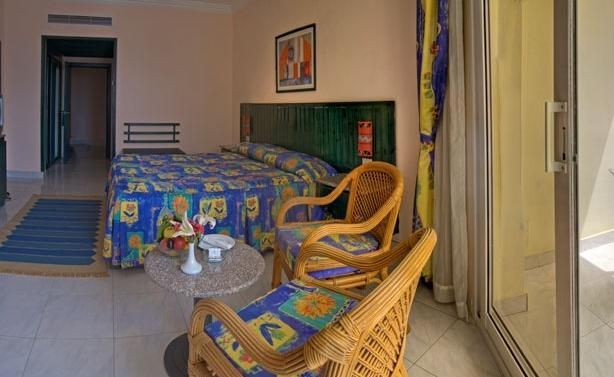 Отдых в отеле Palm Beach Resort