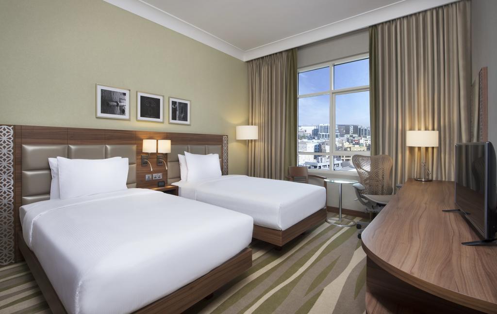 ОАЭ Hilton Garden Inn Dubai Al Muraqabat
