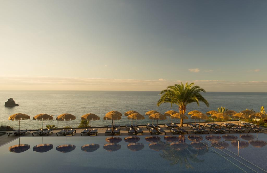 Гарячі тури в готель Baia Azul Фуншал