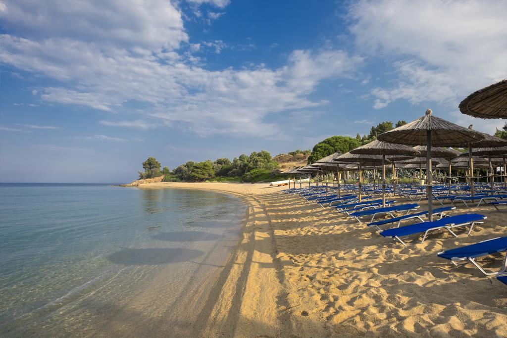 Lagomandra Beach Hotel, фото