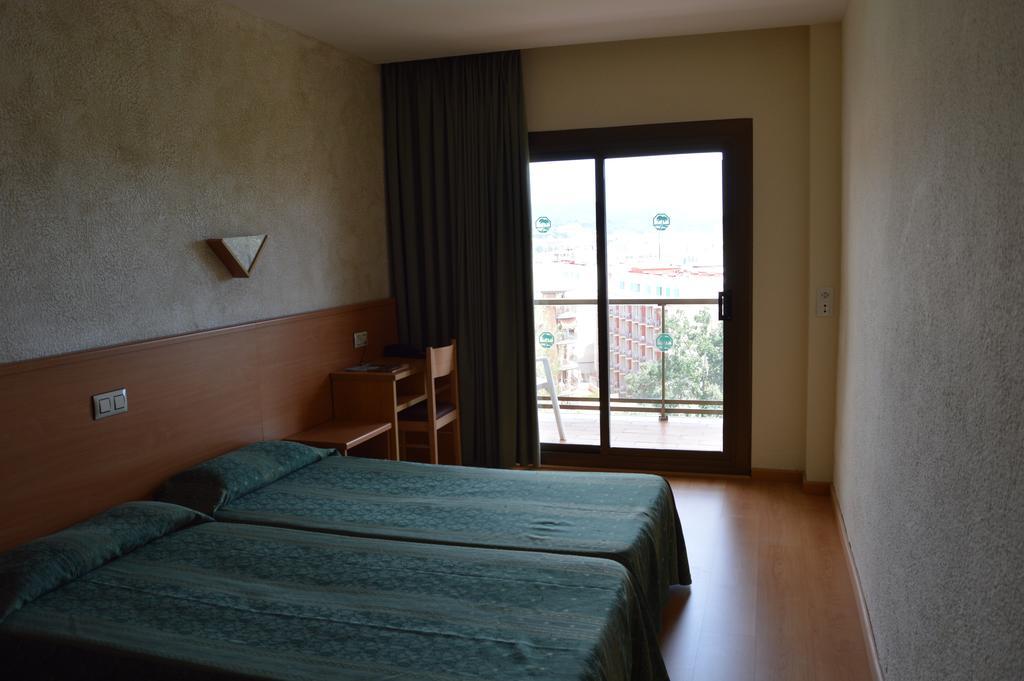 Цены в отеле Samba Hotel