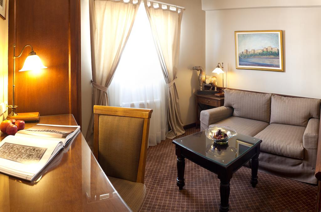 Отдых в отеле Coral Hotel Athens Афины Греция