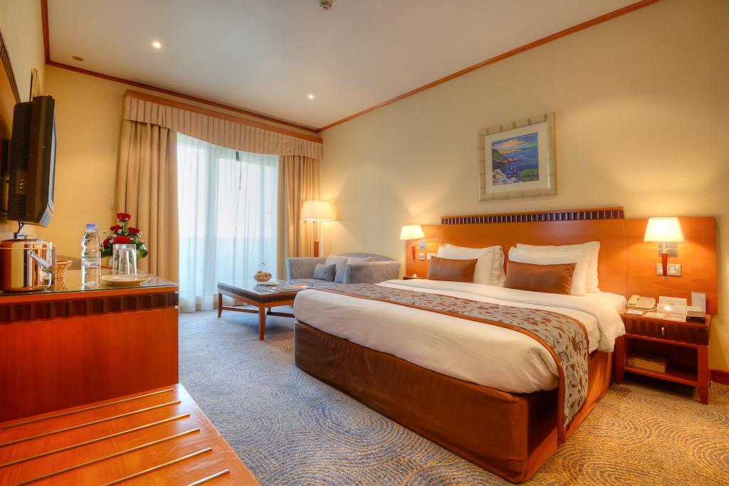 Отдых в отеле Golden Tulip Al Barsha Дубай (город) ОАЭ