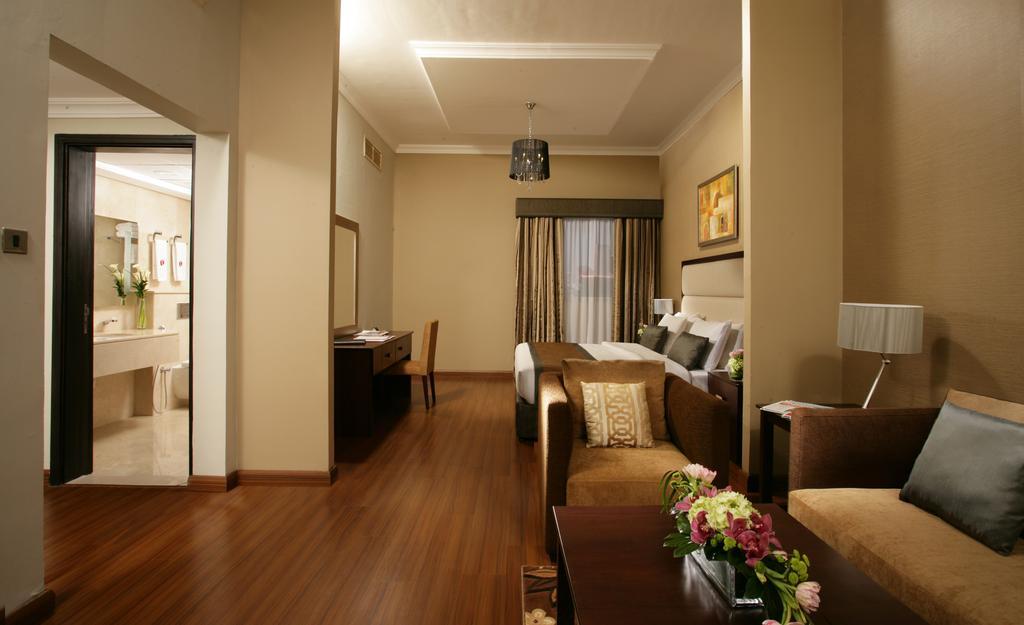 Фото отеля Ramada Hotel & Suites Ajman