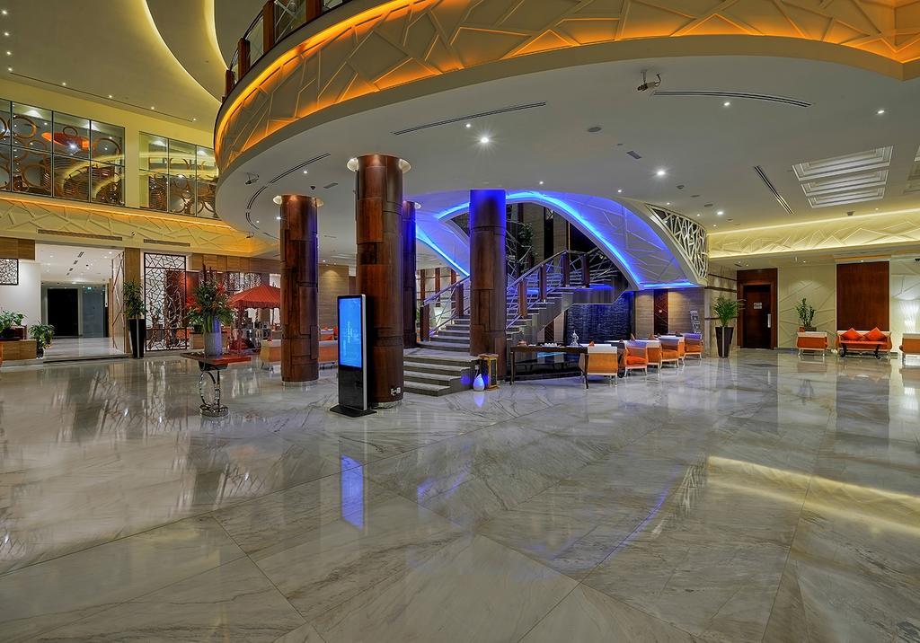 Цены в отеле Ghaya Grand Hotel